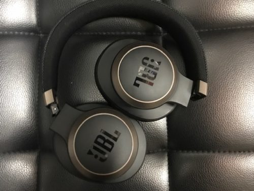 JBL Live 650BTNC Over-Ear Headphones Review